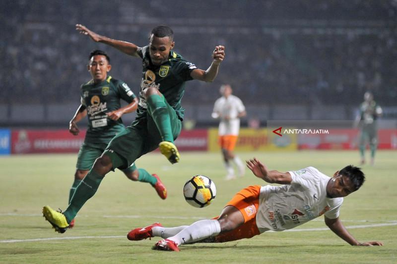 Persebaya Ditaklukkan Borneo FC 0-1 di GBT