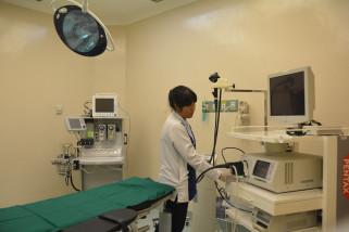 Kemenristekdikti Resmikan Unit Pelayanan Endoskopi Unair