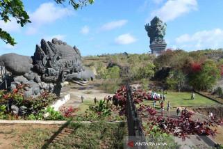 Bojonegoro Gelar Memahat Patung Meriahkan HJB Ke-341