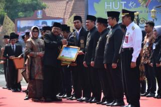 Kabupaten Madiun Raih Dua Penghargaan dari Pemprov Jatim