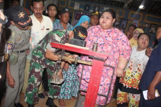 Gadis Obesitas Asal Lamongan Dirujuk RS Soegiri