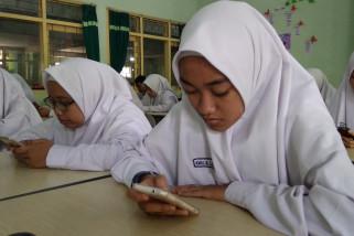 Sekolah di Tulungagung Gelar Ujian Berbasis Android