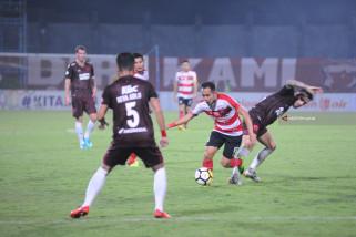 Madura Taklukkan PSM Makassar 3-0