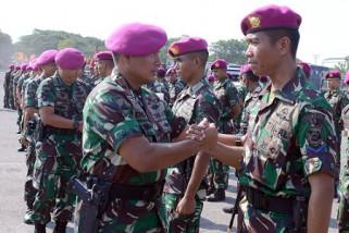Komandan Pasmar-2 Beri Penghargaan Atlet Binsat