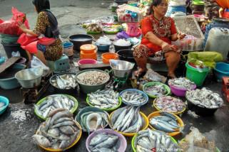 Pemkab Bojonegoro Pindahkan Pedagang Ikan dari Jalan Masuk Pasar
