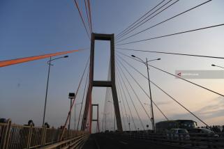 Catatan Akhir Tahun - Memaksimalkan Penggratisan Jembatan Suramadu bagi Warga Madura