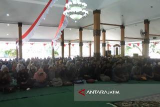 Ratusan Honorer Situbondo Istighatsah dan Doa Bersama (Video)