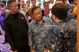 Menteri Darmin Nasution Buka Pameran BUMN di Surabaya