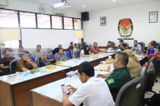KPU Surabaya Fasilitasi Pencetakan APK Peserta Pemilu 2019