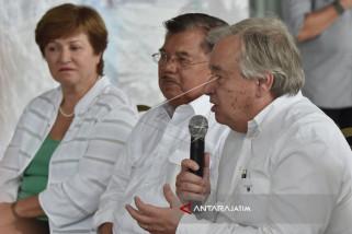 Wapres JK Sambut Sekjen PBB di Bandara Palu