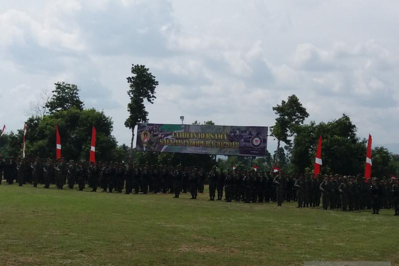 TNI AD dan Angkatan Darat Singapura Latihan Bersama di Situbondo