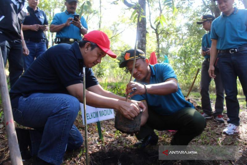 Telkom Buka Layanan Wifi di Lereng Gunung Lawu