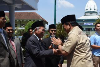 Prabowo Bersilaturahim Dengan Pimpinan Pondok Gontor