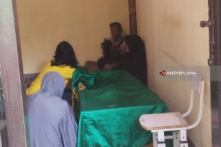 Penyelam Basarnas yang Meninggal Dimakamkan di Surabaya