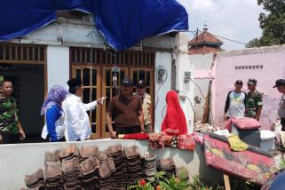 Pemkab Sidoarjo Pastikan Bantuan Korban Angin Kencang (Video)
