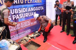 Kapolda Jatim Resmikan Pembangunan 105 Rumah Murah di Pasuruan