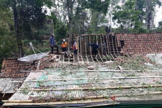 Rumah Rusak di Situbondo akibat Angin Puting Beliung Bertambah