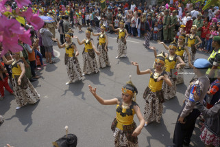 Kirab Budaya Bersih Nagari