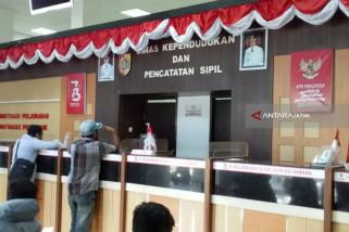 Satgas Saber Pungli Polres Jember Amankan Rp10,1 Juta Hasil OTT Dispendukcapil (Video)