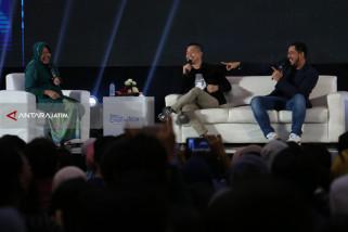 Risma Dorong Anak-Anak Muda Surabaya Kembangkan Talentanya