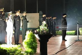 Gubernur Jatim Pimpin Renungan Suci 10 November (Video)