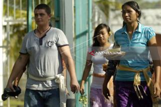 Imigrasi Cekal Renae