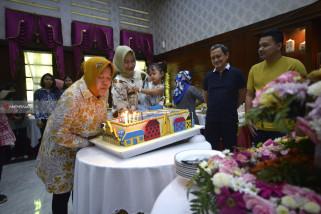 Kado Ulang Tahun Risma Untuk Anak-Anak di Kota Surabaya