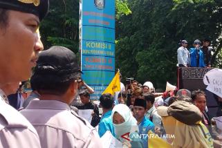 Mahasiswa Desak Kejari Situbondo Usut Korupsi Sekretariat DPRD