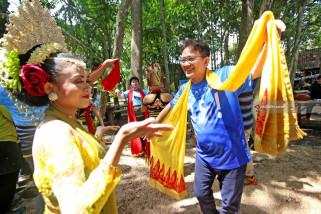Tradisi Penyambutan Tamu Suku Osing
