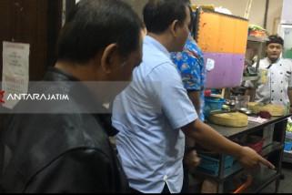 Tim Sidak Gabungan : Pengelolaan Limbah B3 Deluxe Surabaya Tidak Layak