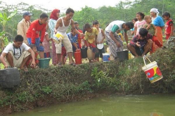 Pemkab Garut prioritaskan kebutuhan air warga saat kemarau