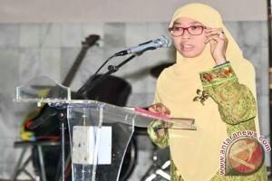 Netty Heryawan Ajak Orang Tua ke Arena Peparnas