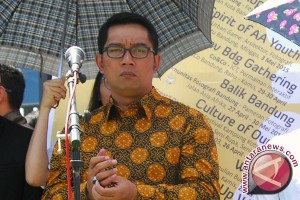 Ridwan Kamil Rapat Koordinasi Keberangkatan Bobotoh