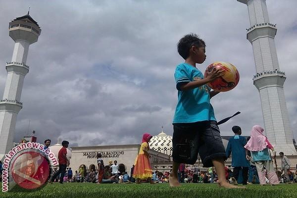 Bandung targetkan tujuh juta  wisatawan
