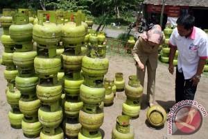 Kelangkaan Gas Tiga Kilogram Terjadi di Bandung
