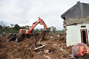 Pemkab Cianjur Siagakan Alat Berat Antisipasi Bencana