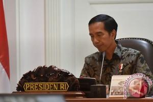 Presiden Berikan Bantuan Korban Banjir Garut