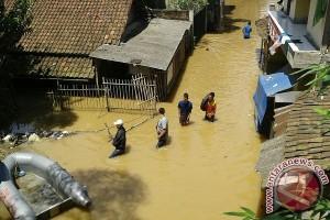 Ratusan rumah terendam banjir di Kabupaten Bandung