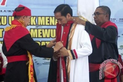 Gelar Adat Maluku untuk Presiden