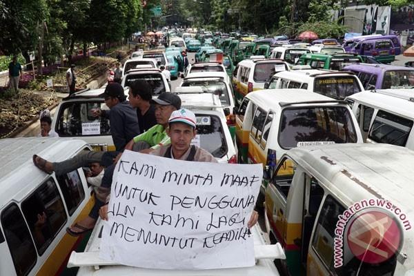 WAAT: 7.500 Angkot di Bandung Raya Dikandangkan
