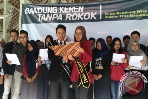 """Generasi Muda Deklarasikan """"Bandung Keren Tanpa Rokok"""""""