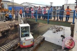 Sekda Jabar Tinjau Penanganan Banjir di Rancaekek
