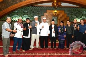 Jabar Mendorong Pelaku Usaha Mengembangkan Wisata Halal