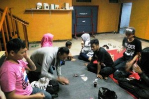 "Nuriska ""Kartini""di Balik Rumah Hijrah Punksteur"