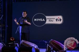 Deddy Mizwar Bacakan Puisi Untuk Anak Disabilitas