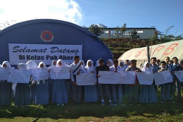 SMAN 30 Garut Tagih Janji Gubernur untuk Perbaiki Sekolah