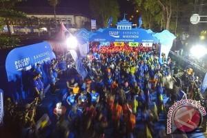 6.500 Pelari Ramaikan Maraton di Bandung