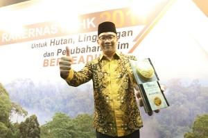 Kota Bandung Raih Piala Adipura Ketiga Kalinya