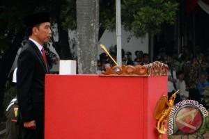 Jokowi:  Pamong Praja Jangan Alergi Kritik
