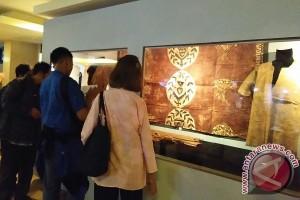 Pameran Kertas Daluang di Museum Sri Baduga